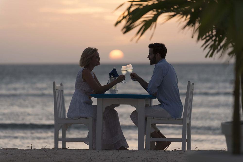 Romantic 3-Course Beach Dinner